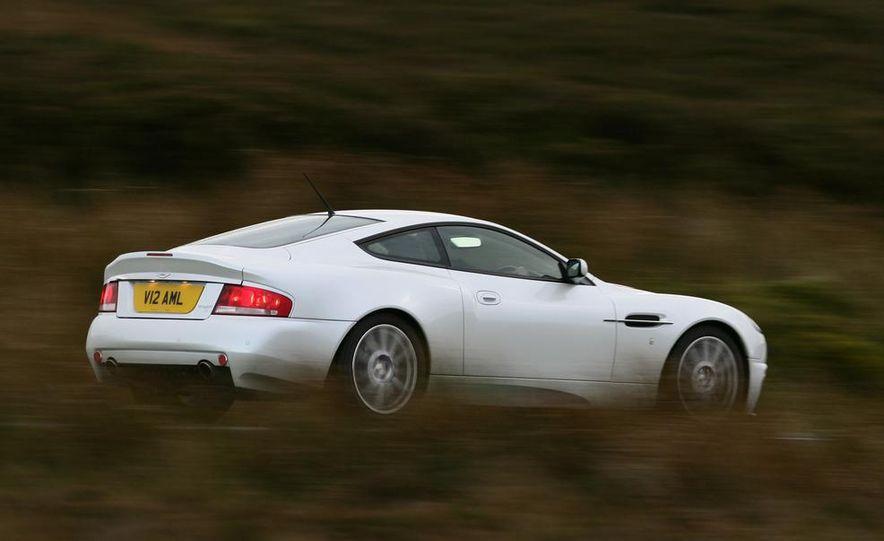 2013 Aston Martin Vanquish (spy photo) - Slide 16