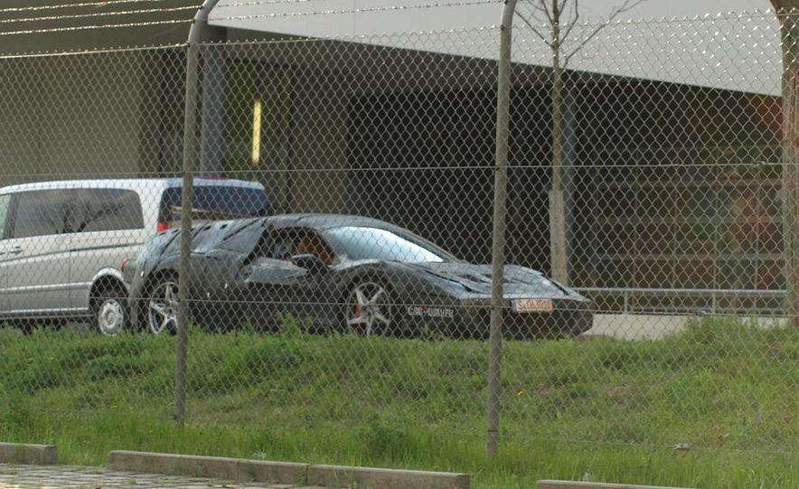 Ferrari Enzo Replacement (spy photo) - Slide 11