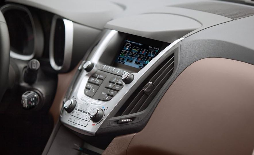 2013 Chevrolet Equinox LTZ - Slide 7