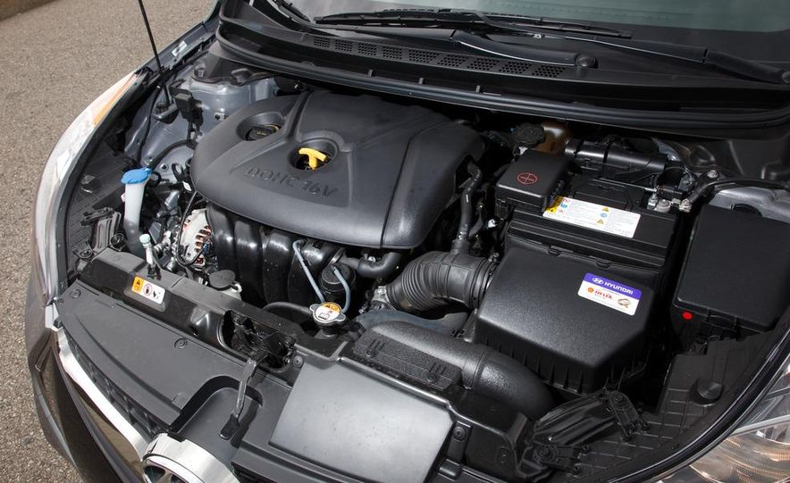 2013 Hyundai Elantra coupe - Slide 25