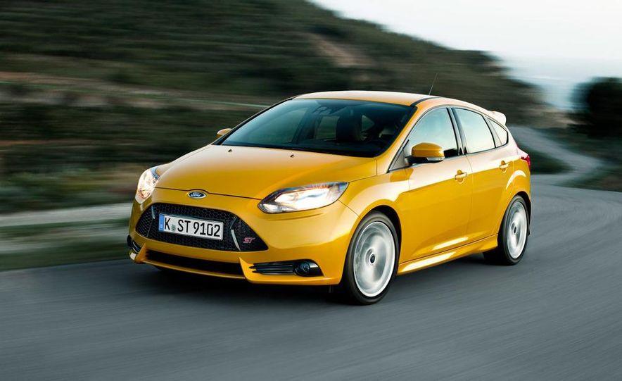 2013 Ford Focus ST (Euro-spec) - Slide 1