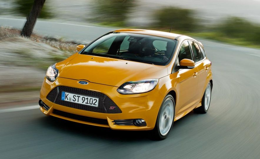 2013 Ford Focus ST (Euro-spec) - Slide 4