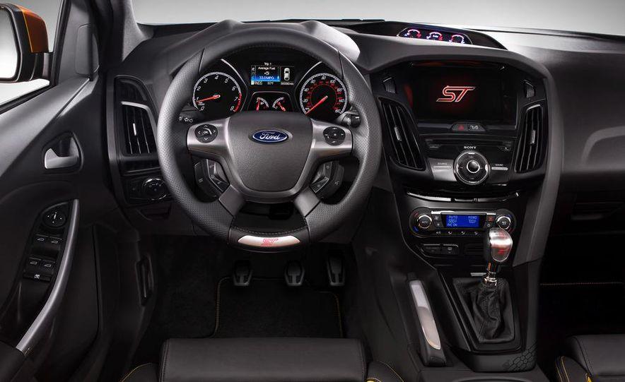 2013 Ford Focus ST (Euro-spec) - Slide 28