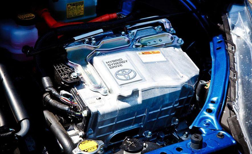 2012 Toyota Prius C - Slide 23