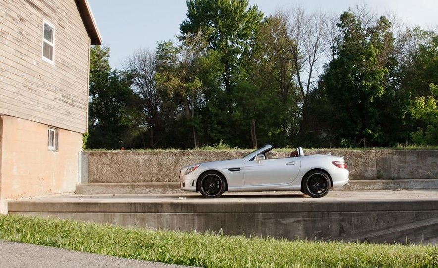 2012 Mercedes-Benz SLK55 AMG - Slide 6
