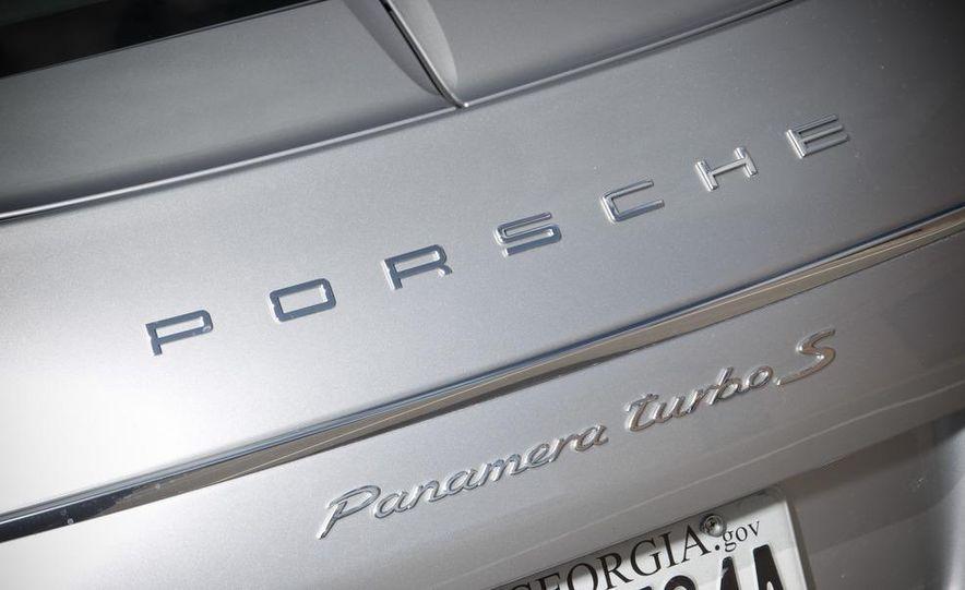 2012 Porsche Panamera Turbo S - Slide 10