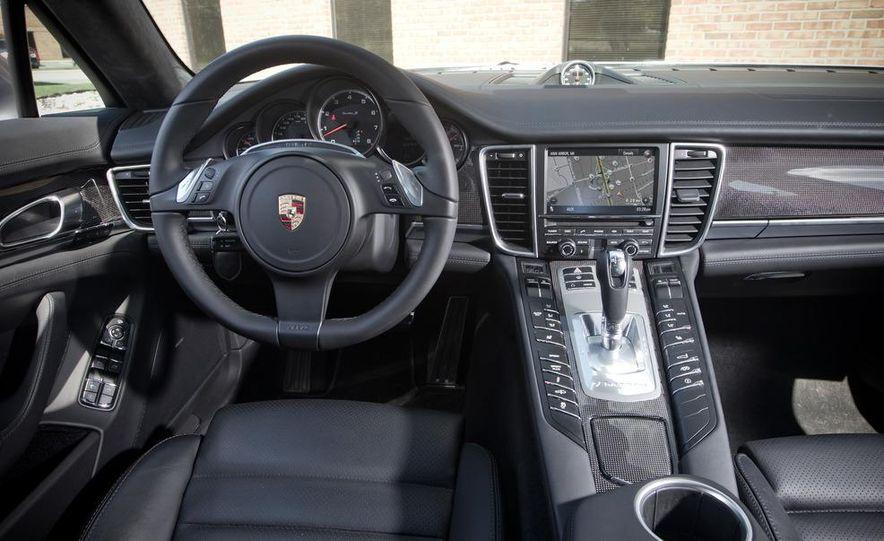 2012 Porsche Panamera Turbo S - Slide 13