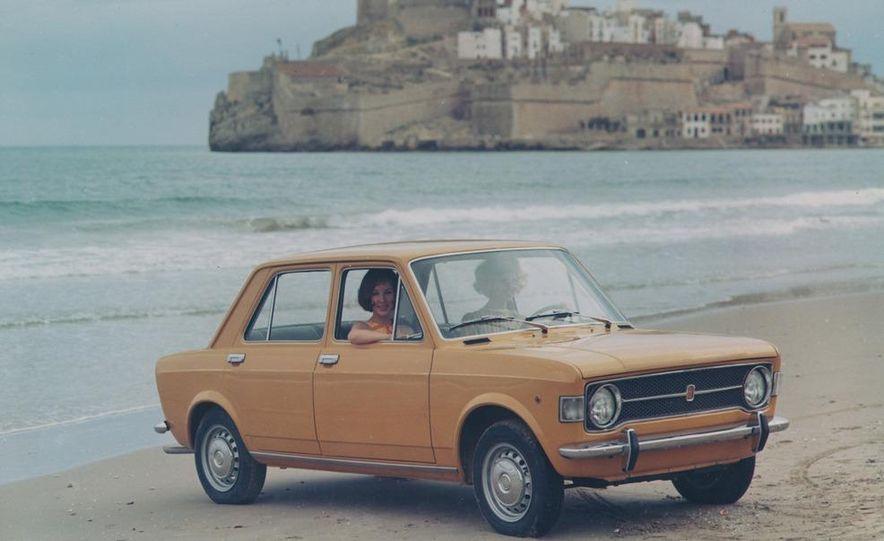 1969–1972 Fiat 128 - Slide 1