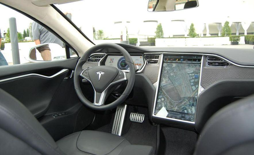 2013 Tesla Model S - Slide 62