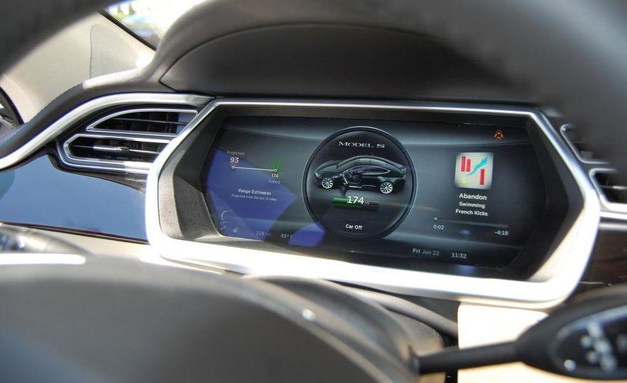 2013 Tesla Model S - Slide 10