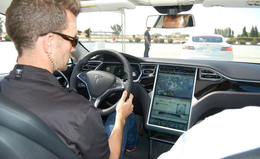 2013 Tesla Model S - Slide 6
