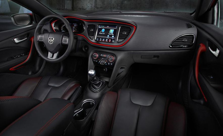 2014 Chrysler 100 (spy photo) - Slide 37