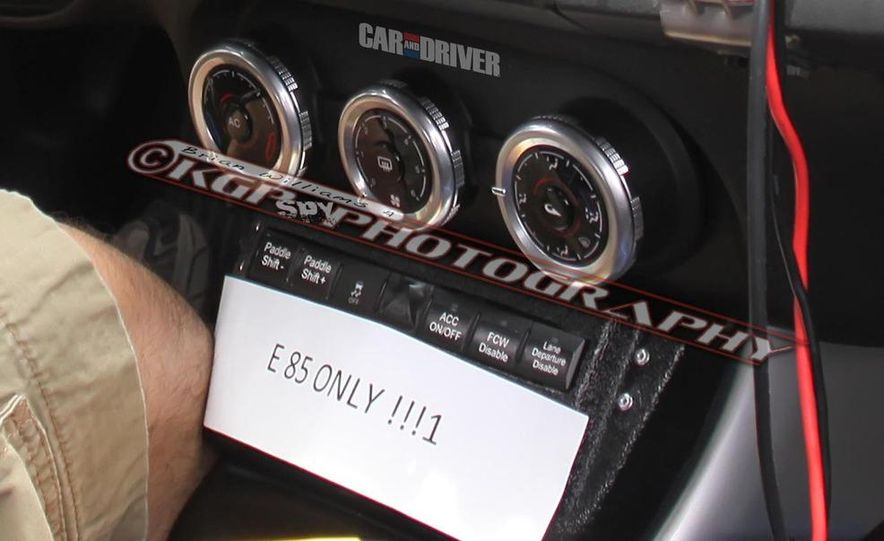 2014 Chrysler 100 (spy photo) - Slide 13