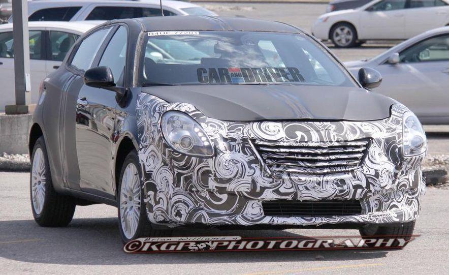 2014 Chrysler 100 (spy photo) - Slide 2