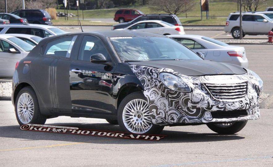 2014 Chrysler 100 (spy photo) - Slide 4