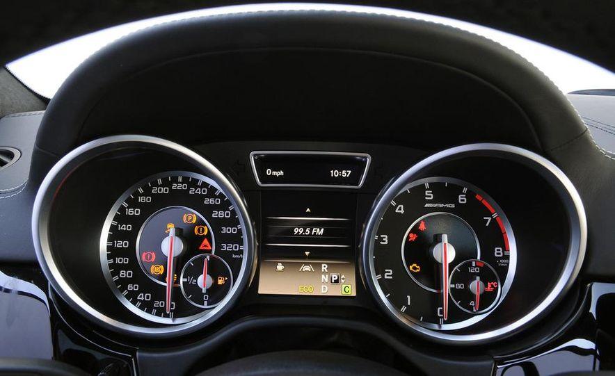 2012 Mercedes-Benz ML63 AMG - Slide 22