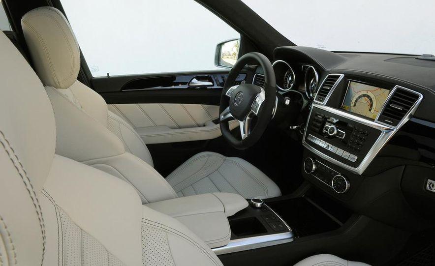 2012 Mercedes-Benz ML63 AMG - Slide 19