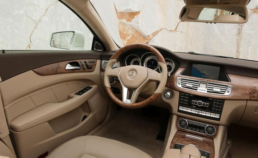 2013 Mercedes-Benz CLS500 4MATIC Shooting Brake - Slide 41