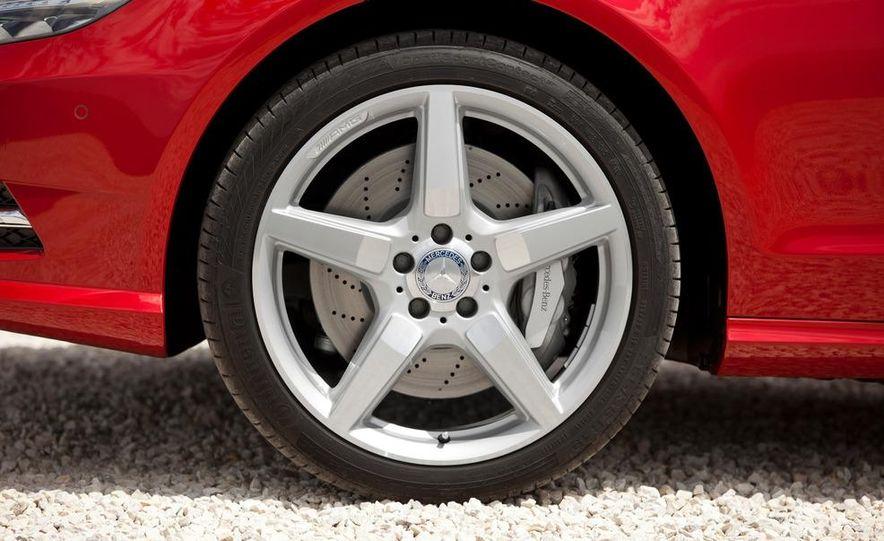 2013 Mercedes-Benz CLS500 4MATIC Shooting Brake - Slide 15