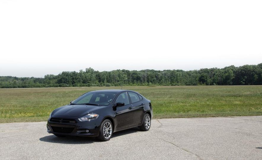 2013 Dodge Dart Rallye - Slide 2