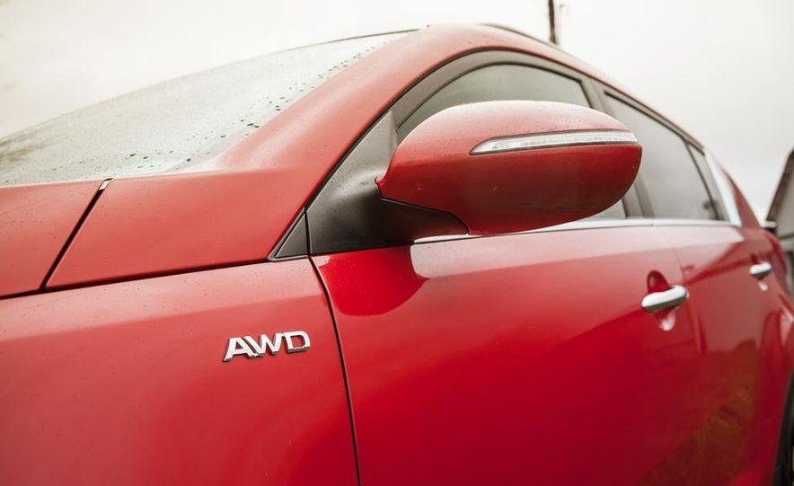 2012 Kia Sportage SX AWD - Slide 9