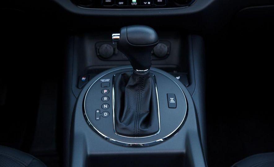 2012 Kia Sportage SX AWD - Slide 57