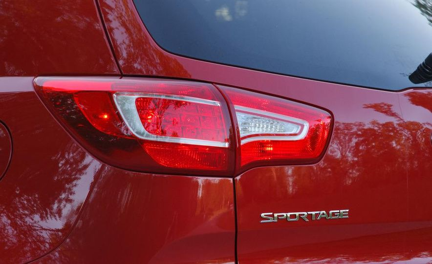 2012 Kia Sportage SX AWD - Slide 51