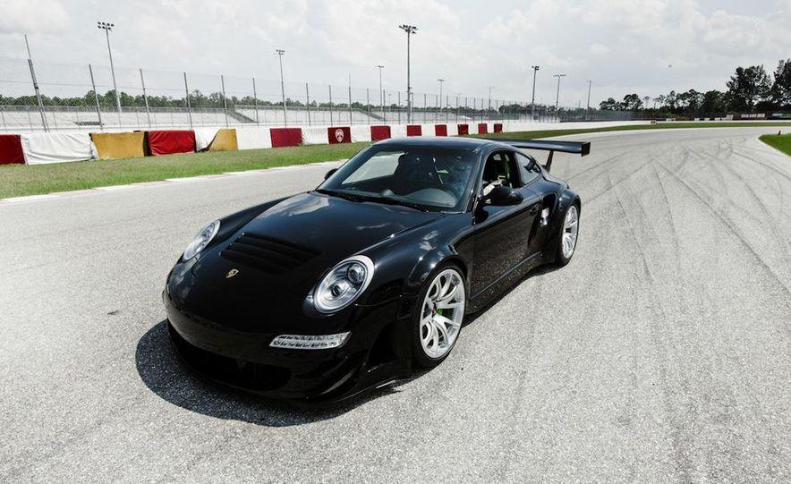 Champion Motorsport Porsche 911 Turbo RSR - Slide 12