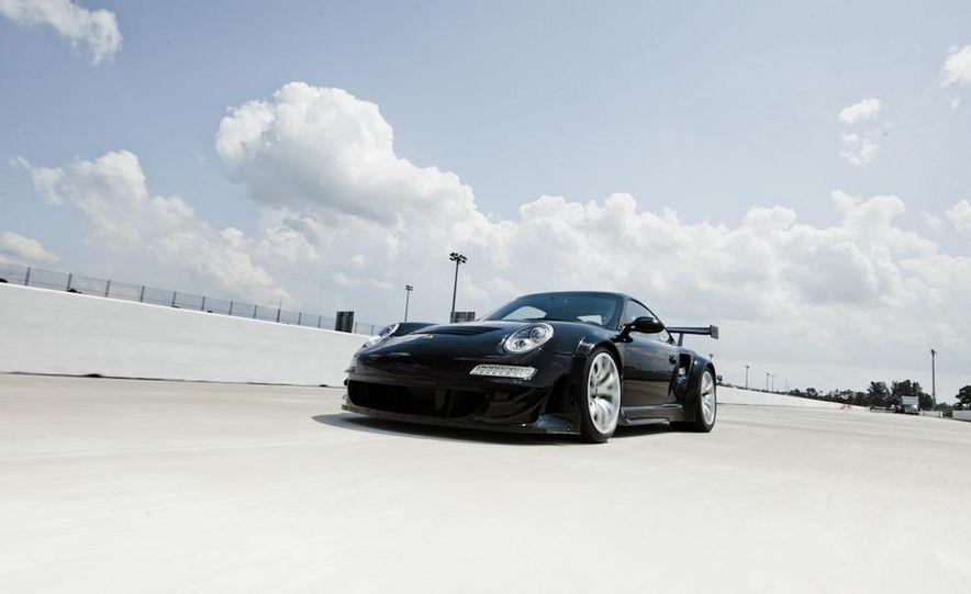 Champion Motorsport Porsche 911 Turbo RSR - Slide 14