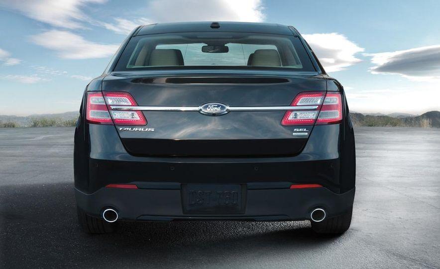 2013 Ford Taurus Limited 2.0L EcoBoost - Slide 13