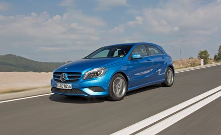 2014 mercedes benz cla250 cla250 4matic first drive. Black Bedroom Furniture Sets. Home Design Ideas