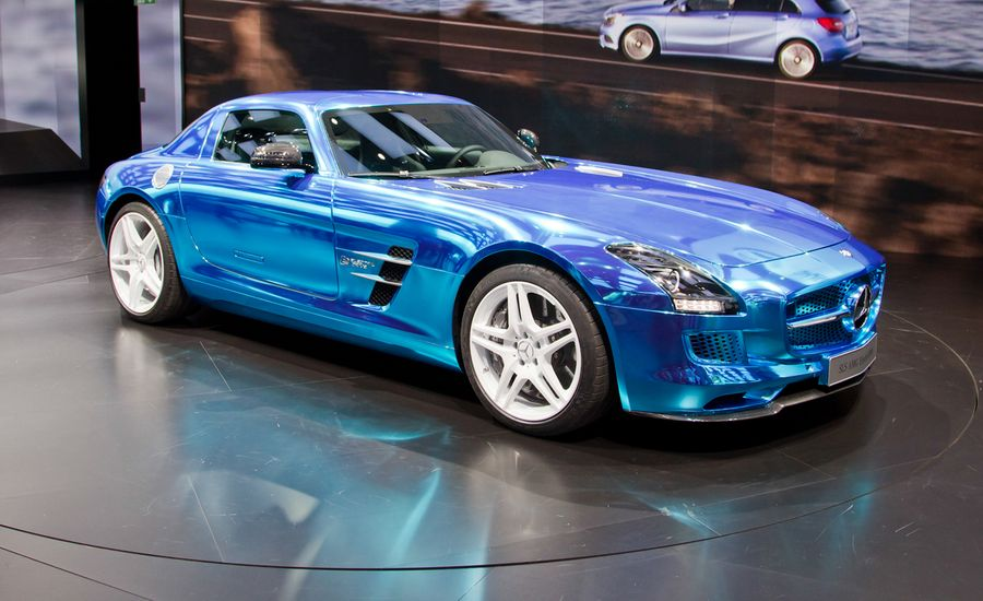 2014 mercedes benz sls amg electric drive photos and info for Mercedes benz sls amg electric drive price