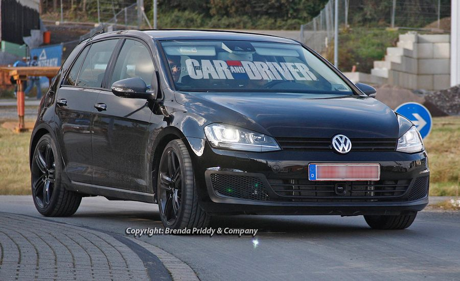 2015 Volkswagen Golf R Spy Photos