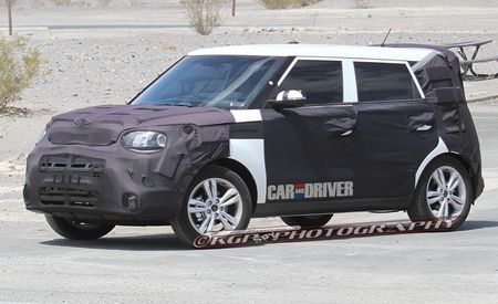 2014 Kia Soul Spy Photos
