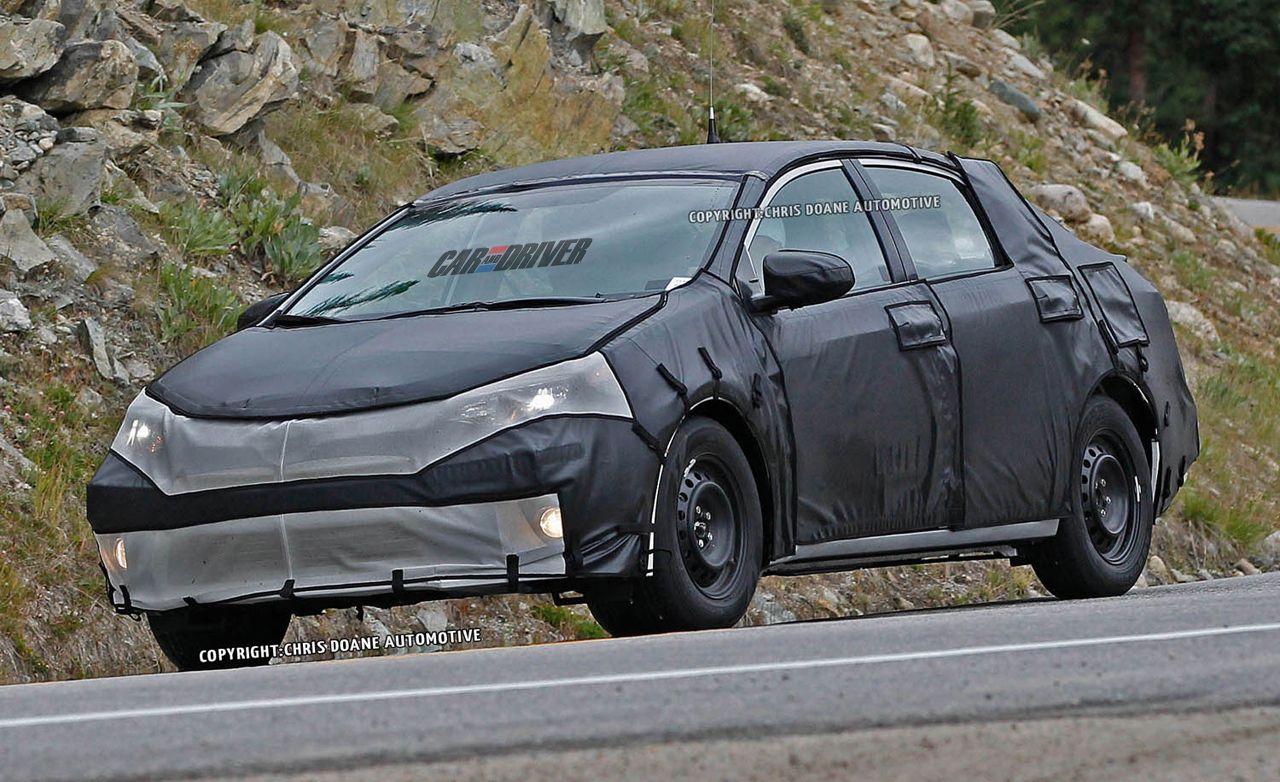 2014 Toyota Corolla Spy Photos