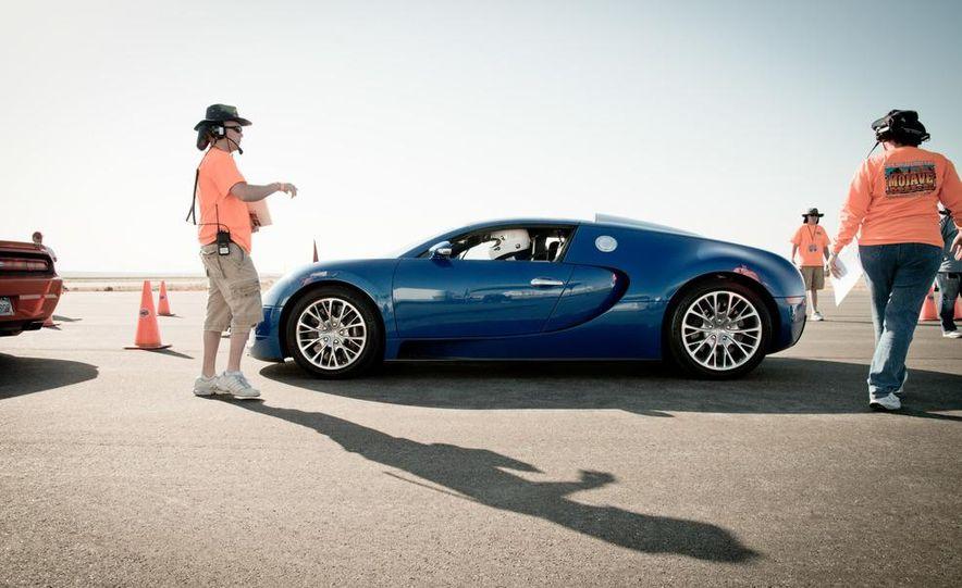 2012 Bugatti Veyron 16.4 Grand Sport - Slide 3