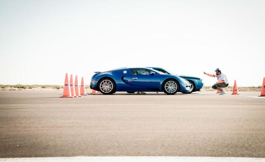 2012 Bugatti Veyron 16.4 Grand Sport - Slide 5