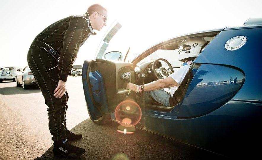 2012 Bugatti Veyron 16.4 Grand Sport - Slide 13
