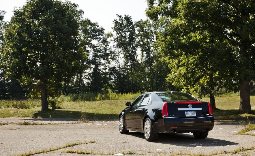 2014 Cadillac CTS (spy photo) - Slide 11