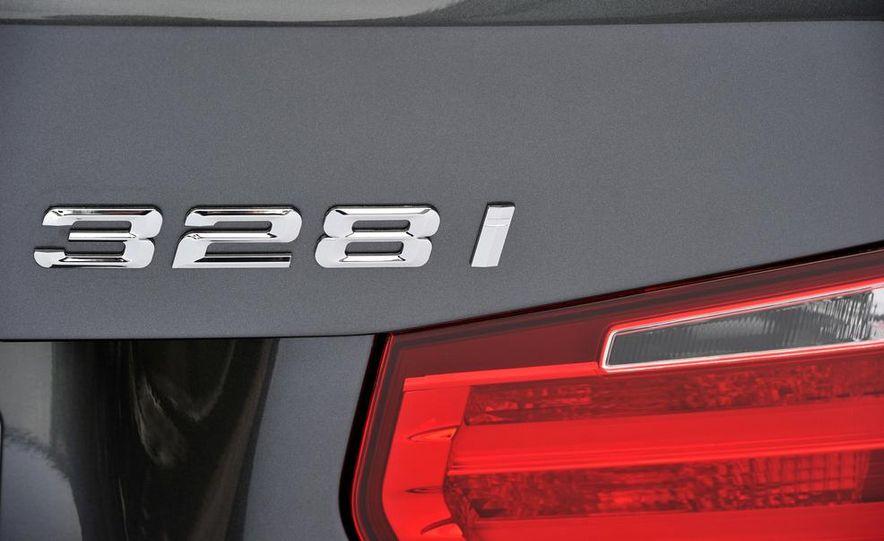 2014 BMW 328i Sport Wagon - Slide 16