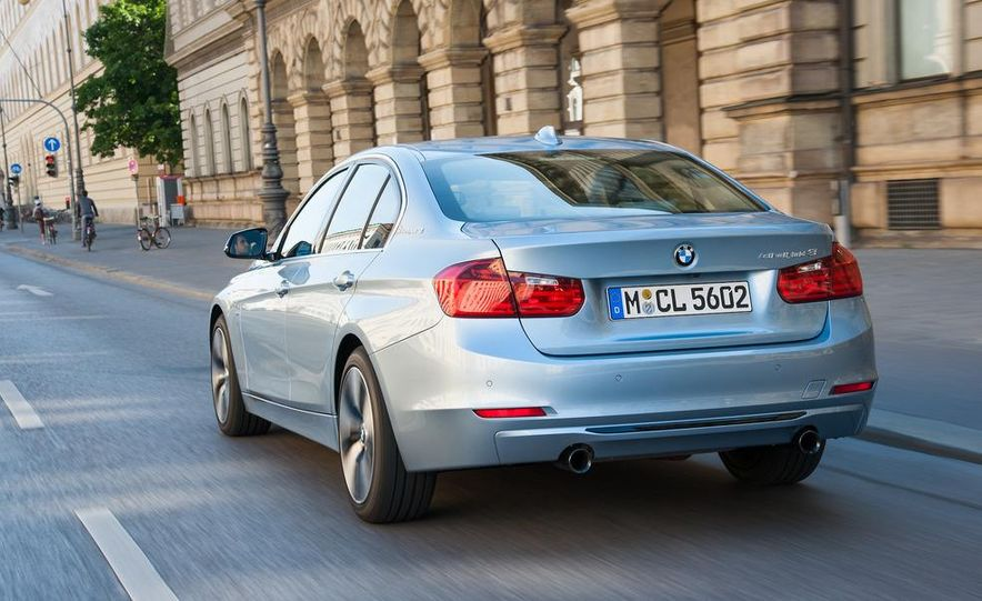 2013 BMW ActiveHybrid 3 - Slide 7