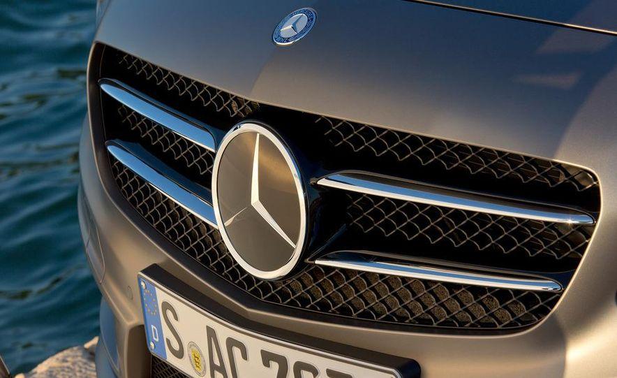 2013 Mercedes-Benz A200 - Slide 20