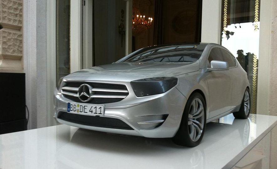 2013 Mercedes-Benz A200 - Slide 21