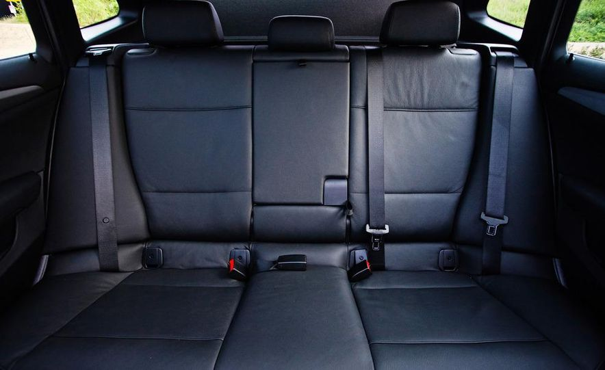 2013 BMW X1 xDrive35i - Slide 35