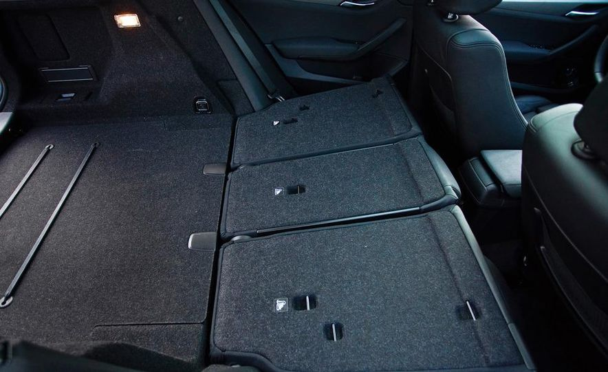 2013 BMW X1 xDrive35i - Slide 41