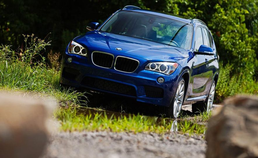 2013 BMW X1 xDrive35i - Slide 2