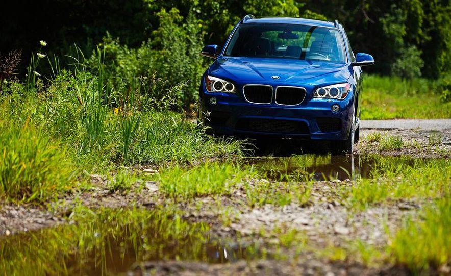 2013 BMW X1 xDrive35i - Slide 3