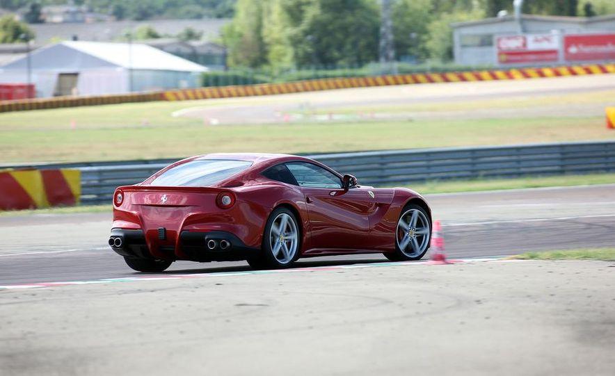 2013 Ferrari F12berlinetta - Slide 16