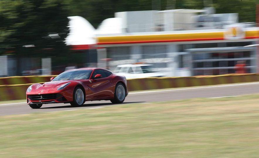 2013 Ferrari F12berlinetta - Slide 20