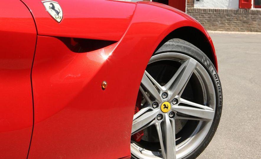 2013 Ferrari F12berlinetta - Slide 22